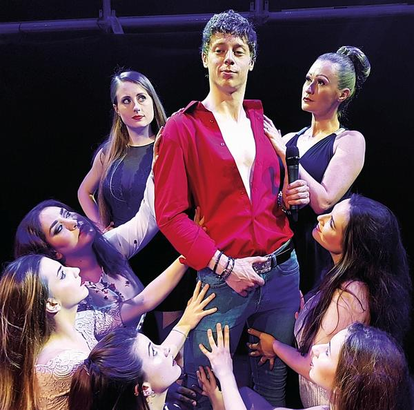 Bild vergrößern: Tom Jones Musical (Foto: Seberg-Showproduction)